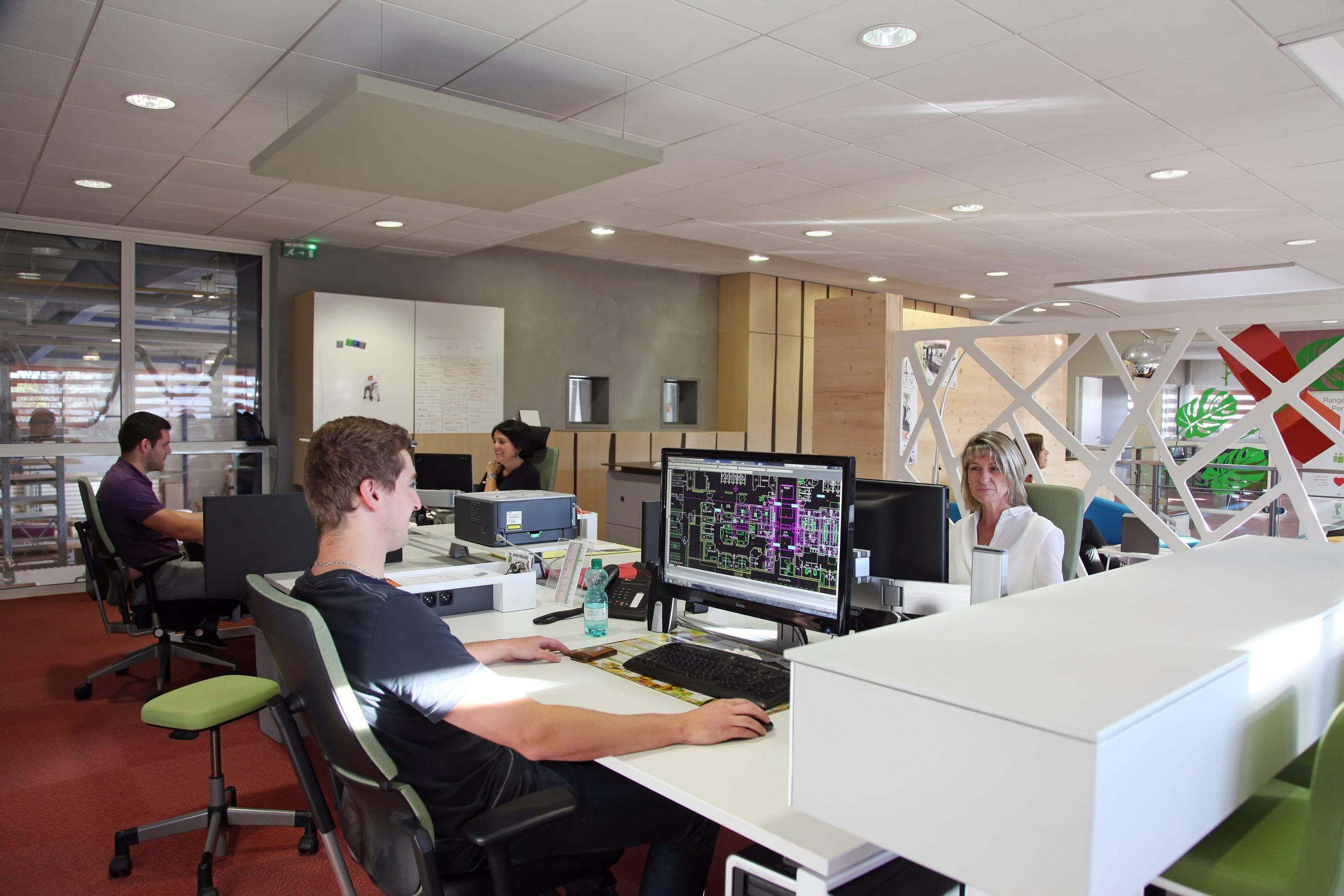 Employés Bureau d'études chez SAFRA Agencement