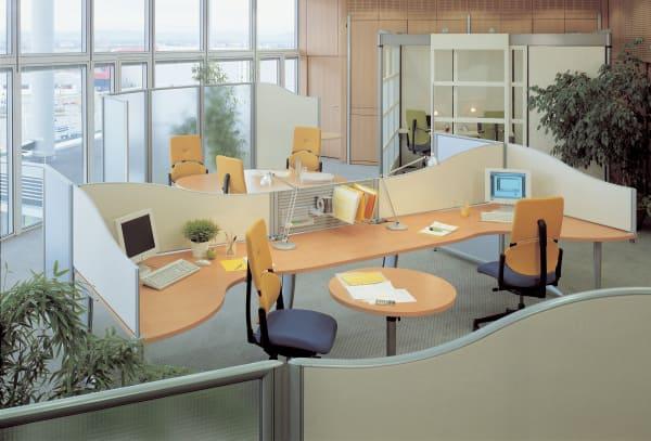Espace de bureau avec du mobiliers Steelcase
