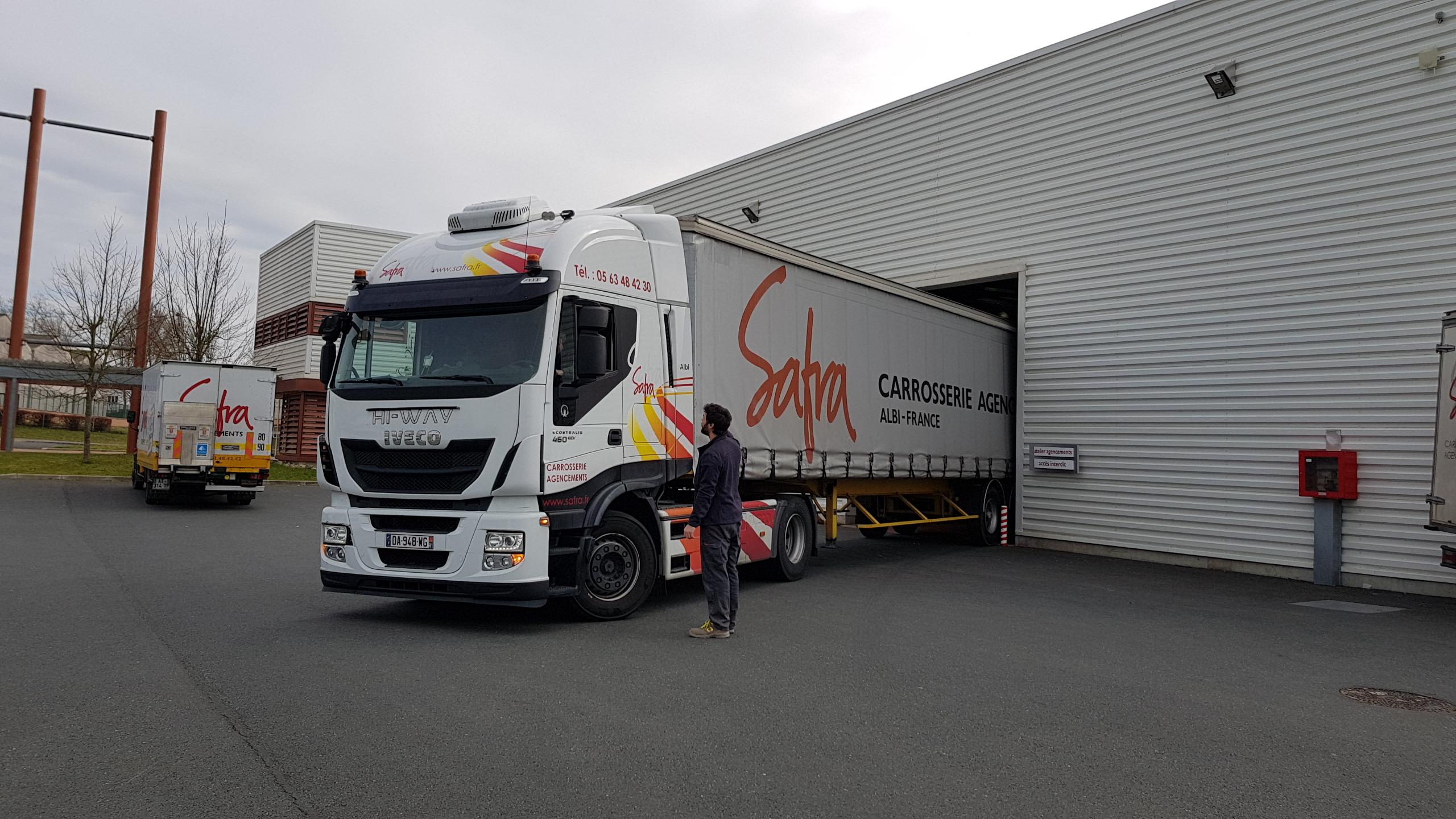 Flotte de transport de SAFRA Agencement