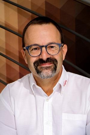 Portrait de Frédéric Regourd, directeur général de SAFRA Agencement
