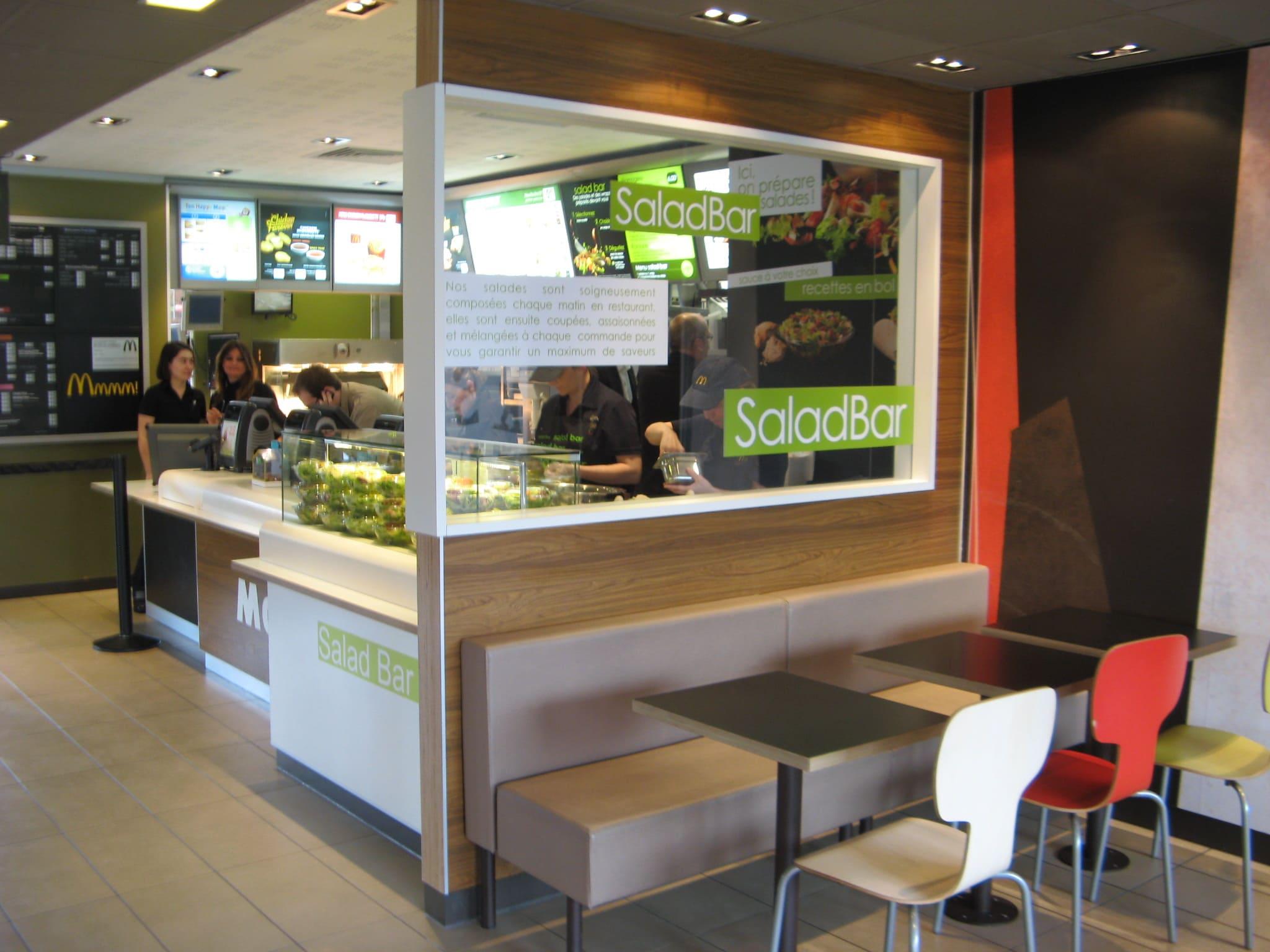 Salad'Bar du McDonald's d'Aucamville agencé par SAFRA Agencement